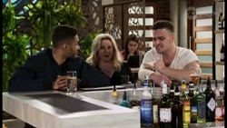 Levi Canning, Sheila Canning, Kyle Canning in Neighbours Episode 8470
