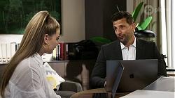 Chloe Brennan, Pierce Greyson in Neighbours Episode 8472