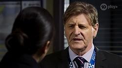 Yashvi Rebecchi, Det. Bill Graves in Neighbours Episode 8472