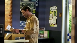 Shane Rebecchi in Neighbours Episode 8473
