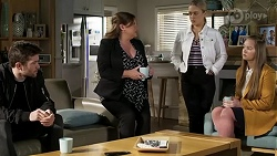 Ned Willis, Terese Willis, Roxy Willis, Harlow Robinson in Neighbours Episode 8473
