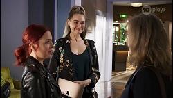 Nicolette Stone, Chloe Brennan, Jane Harris in Neighbours Episode 8475