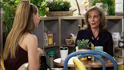 Chloe Brennan, Jane Harris in Neighbours Episode 8476