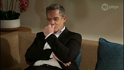 Paul Robinson in Neighbours Episode 8481