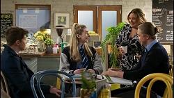 Hendrix Greyson, Mackenzie Hargreaves, Terese Willis, Richie Amblin in Neighbours Episode 8483