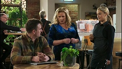 Kyle Canning, Sheila Canning, Roxy Willis in Neighbours Episode 8486