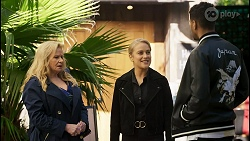 Sheila Canning, Roxy Willis, Levi Canning in Neighbours Episode 8487