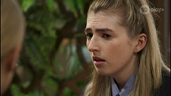 Roxy Willis, Mackenzie Hargreaves in Neighbours Episode 8487