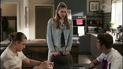 Richie Amblin, Mackenzie Hargreaves, Hendrix Greyson in Neighbours Episode 8488