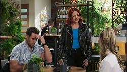 Aaron Brennan, Nicolette Stone, Chloe Brennan in Neighbours Episode 8488