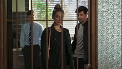 Hendrix Greyson, Chloe Brennan, Pierce Greyson in Neighbours Episode 8490
