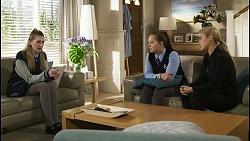 Mackenzie Hargreaves, Harlow Robinson, Roxy Willis in Neighbours Episode 8492