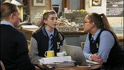 Richie Amblin, Mackenzie Hargreaves, Harlow Robinson in Neighbours Episode 8492