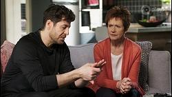 Pierce Greyson, Susan Kennedy in Neighbours Episode 8495