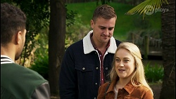Levi Canning, Kyle Canning, Roxy Willis in Neighbours Episode 8496