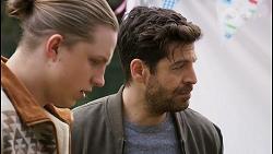 Richie Amblin, Pierce Greyson in Neighbours Episode 8498