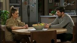 Chloe Brennan, Pierce Greyson in Neighbours Episode 8499