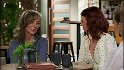 Jane Harris, Nicolette Stone, Chloe Brennan in Neighbours Episode 8500