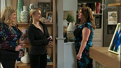 Sheila Canning, Roxy Willis, Terese Willis in Neighbours Episode 8502
