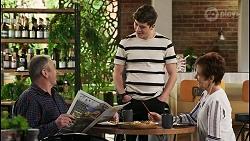 Karl Kennedy, Hendrix Greyson, Susan Kennedy in Neighbours Episode 8504