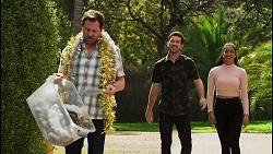 Shane Rebecchi, Ned Willis, Yashvi Rebecchi in Neighbours Episode 8508
