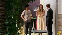 Jay Rebecchi, Mackenzie Hargreaves, Hendrix Greyson in Neighbours Episode 8508