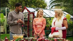 Levi Canning, Roxy Willis, Sheila Canning in Neighbours Episode 8509