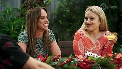 Ned Willis, Bea Nilsson, Roxy Willis in Neighbours Episode 8509