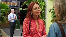 Clive Gibbons, Nicolette Stone, Jane Harris in Neighbours Episode 8510