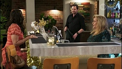 Dipi Rebecchi, Shane Rebecchi, Sheila Canning in Neighbours Episode 8513