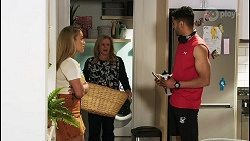 Roxy Willis, Sheila Canning, Levi Canning in Neighbours Episode 8514