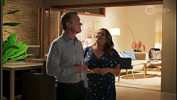 Paul Robinson, Terese Willis in Neighbours Episode 8515