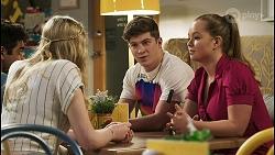 Jay Rebecchi, Mackenzie Hargreaves, Hendrix Greyson, Harlow Robinson in Neighbours Episode 8518