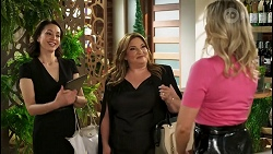 Noni Beal, Terese Willis, Amy Greenwood in Neighbours Episode 8518