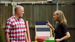 Clive Gibbons, Jane Harris in Neighbours Episode 8521
