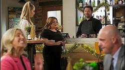 Amy Greenwood, Chloe Brennan, Terese Willis, Shane Rebecchi, Tim Collins in Neighbours Episode 8522