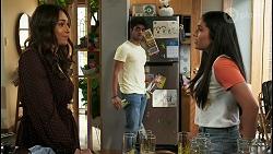 Dipi Rebecchi, Jay Rebecchi, Yashvi Rebecchi in Neighbours Episode 8523