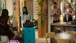 Dipi Rebecchi, Kirsha Rebecchi, Shane Rebecchi, Mackenzie Hargreaves in Neighbours Episode 8524