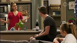 Chloe Brennan, Hendrix Greyson, Harlow Robinson in Neighbours Episode 8524