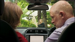 Jane Harris, Sheila Canning, Clive Gibbons in Neighbours Episode 8525