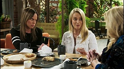 Bea Nilsson, Roxy Willis, Sheila Canning in Neighbours Episode 8525