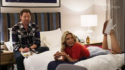 Shane Rebecchi, Amy Greenwood in Neighbours Episode 8526
