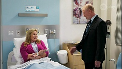 Sheila Canning, Clive Gibbons in Neighbours Episode 8528