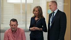 Des Clarke, Jane Harris, Clive Gibbons in Neighbours Episode 8528