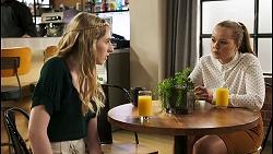 Mackenzie Hargreaves, Harlow Robinson in Neighbours Episode 8530