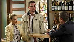 Roxy Willis, Kyle Canning, Terese Willis, Paul Robinson in Neighbours Episode 8531