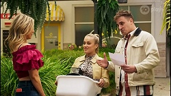 Amy Greenwood, Roxy Willis, Kyle Canning in Neighbours Episode 8531
