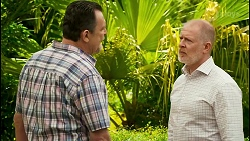Des Clarke, Clive Gibbons in Neighbours Episode 8532