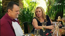 Des Clarke, Sheila Canning in Neighbours Episode 8533