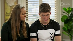 Harlow Robinson, Hendrix Greyson in Neighbours Episode 8534